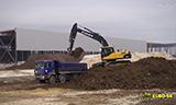 沃尔沃EC210C挖掘机装车视频