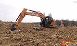 凯斯CX245D SR挖掘机工作