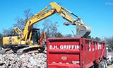 小松PC240LC挖掘机和日立Zaxis350挖掘机工作