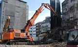 日立Zaxis 470长臂挖掘机拆楼
