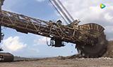 全球效率最高挖土机 一天产值惊呆你