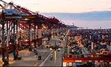 看世界最宏伟的港口洋山港美景!