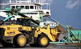 小松WA500轮式装载机工作