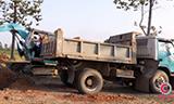 三菱挖掘机工作