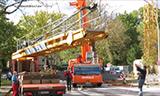利勃海尔LTM 1220-5.2全地面起重机安装利勃海尔160 EC-B塔吊