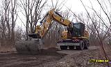 卡特M318F轮式挖掘机工作