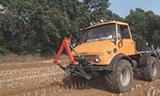 MB-Trac 1400 拖拉机耕地