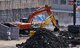日立挖掘机处理淤泥