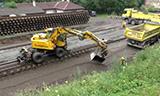 阿特拉斯轮式挖掘机铺设道㑅