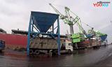 森尼伯根9300 E港口起重机卸船