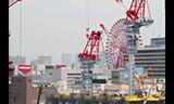 日本大阪动臂式起重机工作