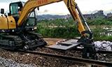 劲工JG80L铁路枕木铺设机履带2