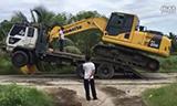 小松 PC200-8M0 挖掘机上拖板车