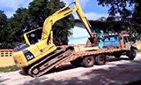 小松Pc130挖掘机上拖板车