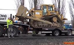 卡特彼勒D6H LGP推土机上拖车