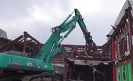 神钢液压挖掘机SK500拆卸工程