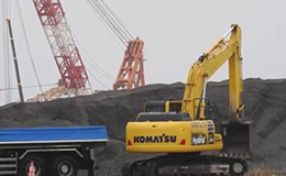 小松HB 205混合动力挖掘机