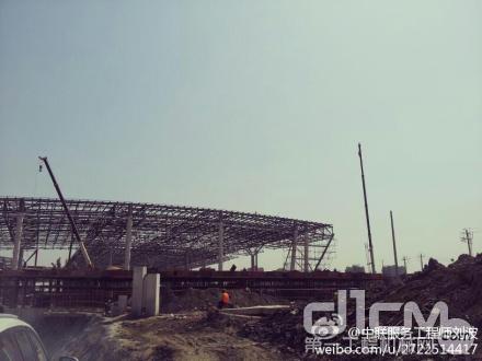 服务万里行的队伍来到杭州东站施工现场