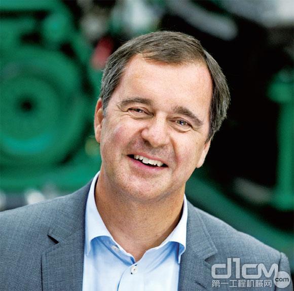 比约昂•英格曼(Björn Ingemanson) 沃尔沃遍达总裁兼首席执行官