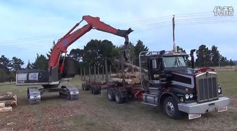 住友农牧业挖掘机视频
