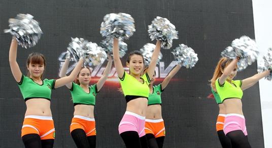 D1CM带你重温2014上海宝马展现代重工风采
