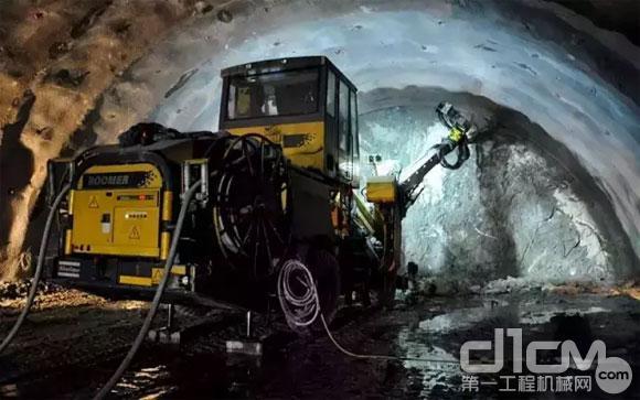 Boomer XE3 C三臂凿岩台车谱写台湾隧道施工新篇章