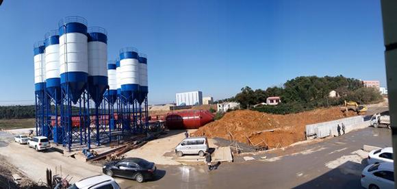 湖南长沙拓宇项目4条HZS180K建设现场