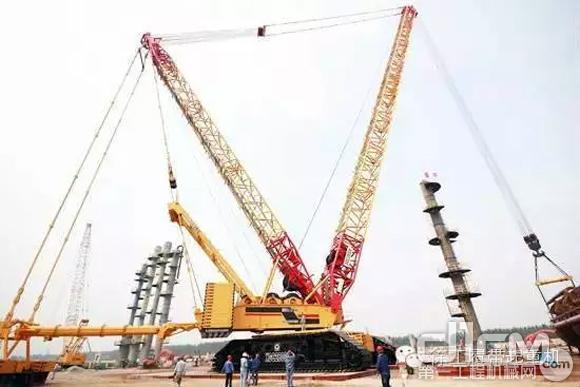 徐工2000吨履带起重机完成神宁裂解项目吊装任务