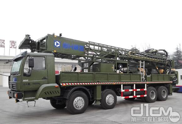 徐工首台XSZ800Ⅱ深井钻机助力国防建设