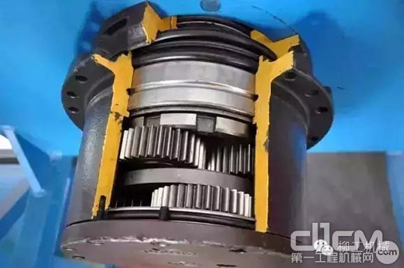 挖掘机行走马达减速器