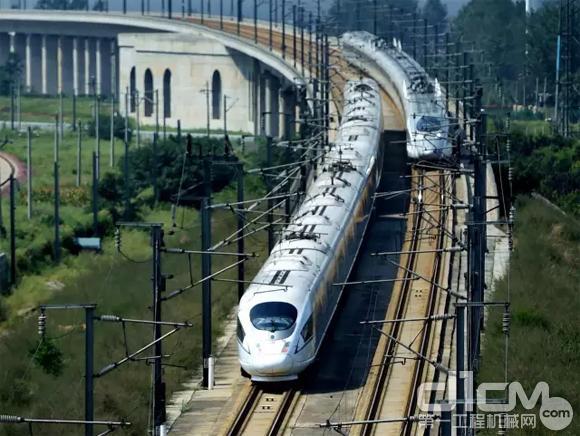 高铁突破2万公里!看看你家门口什么时候通车?