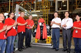 广西康明第20000台发动机下线