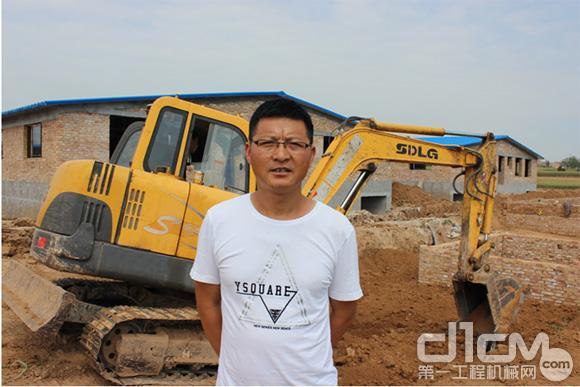 臨工陜西用戶陳浩南:臨工小挖,為我創造百萬利潤