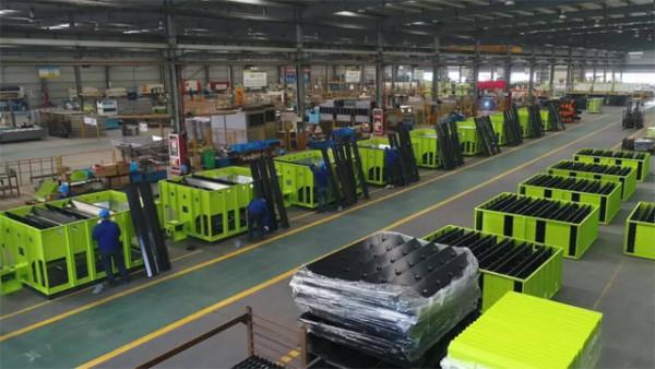 ▲中联重科农业机械生产线正在赶制订单