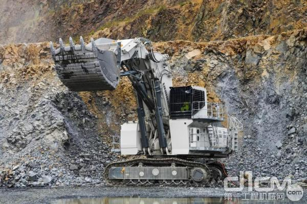 利勃海尔推动采矿业