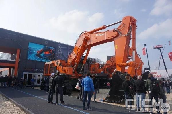 新一代EX-7矿用挖掘机