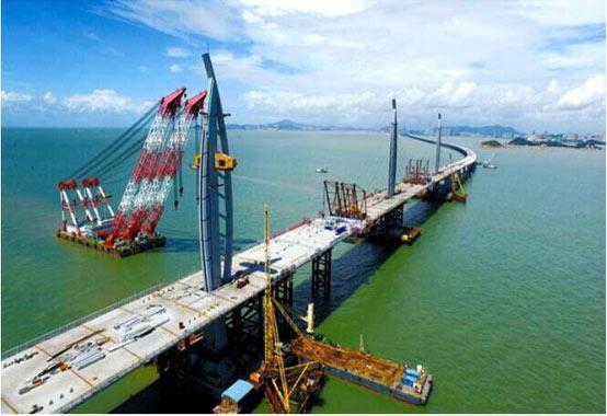 山推建友助力港珠澳大桥建设