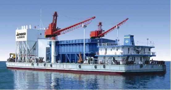 山推建友为港珠澳大桥设计制造了海上搅拌船