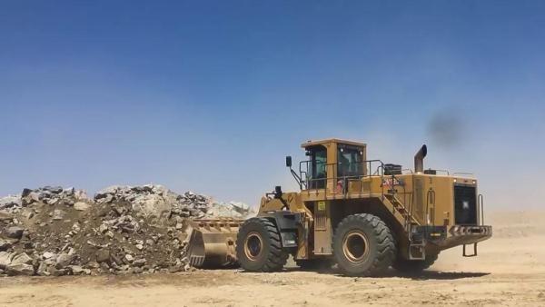 徐工LW1200K大吨位装载机非洲施工