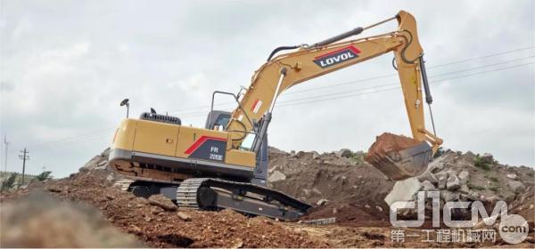 挖掘机修坡