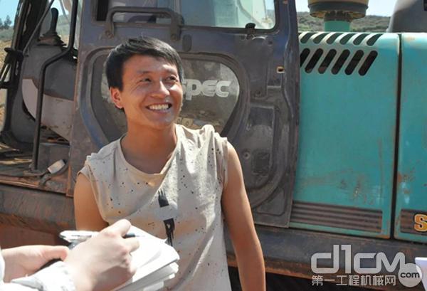 刘福 27岁 <机手>
