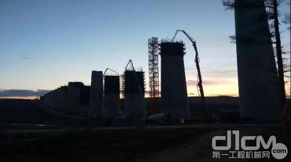 三一设备参与佳牡高铁工程建设