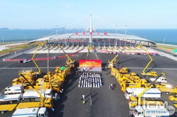 徐工集团成套化设备助力港珠澳大桥养护