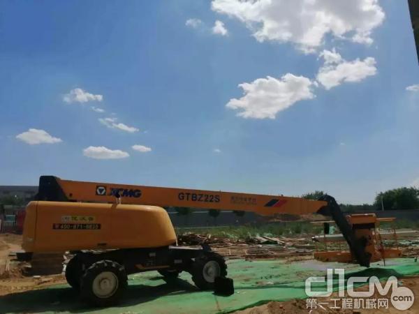 徐工直臂式高空作业平台助力北京大兴区国家电网项目建设