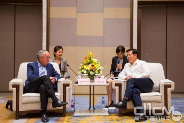 天津开发区党委书记郑伟铭会见约翰迪尔企业董事长山姆?艾伦