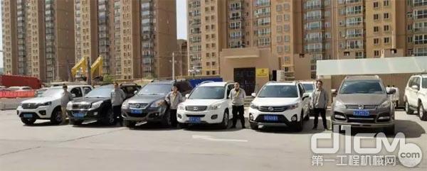 甘肃清源公司服务人员和维修车辆