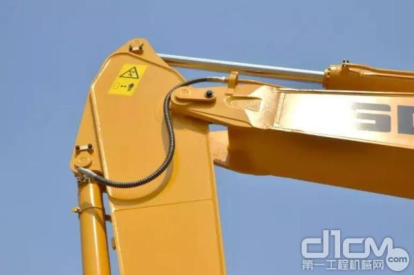山东临工E6210F挖掘机标配加强型工作装置