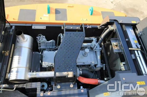 凯斯设备都选用符合中国第三阶段排放标准的低排放发动机