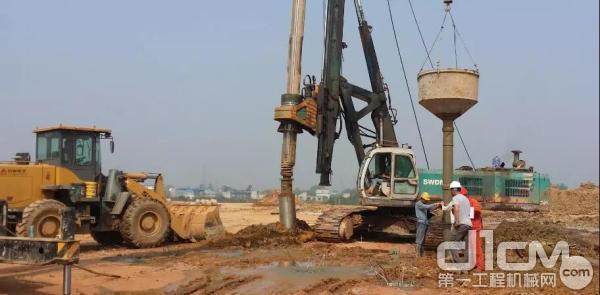 旋挖钻机施工作业