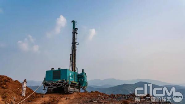 正在转场的韶峰南方水泥有限公司第二台SWDA165